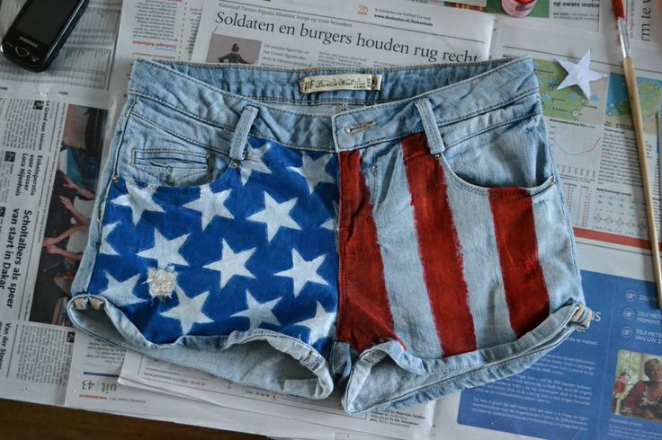 DIY American Flag shorts... I know what my spring break project is :)