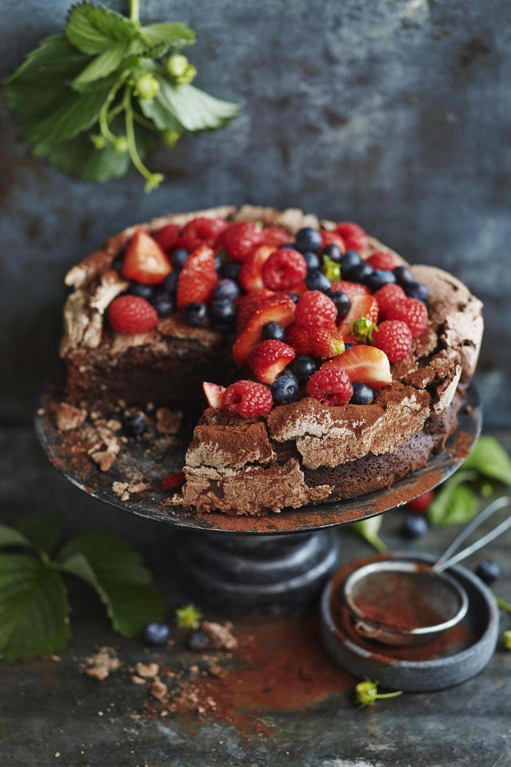 Suklainen britakakku | Kakut | HS
