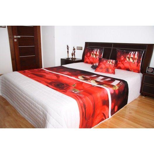 Přehoz na postel bílé barvy s motivem červené růže a bílého vína - dumdekorace.cz