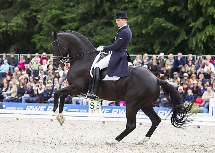 Deutsche Meisterschaften Balve 2012   Matthias Rath-   Totilas-kwpn Toffi Images