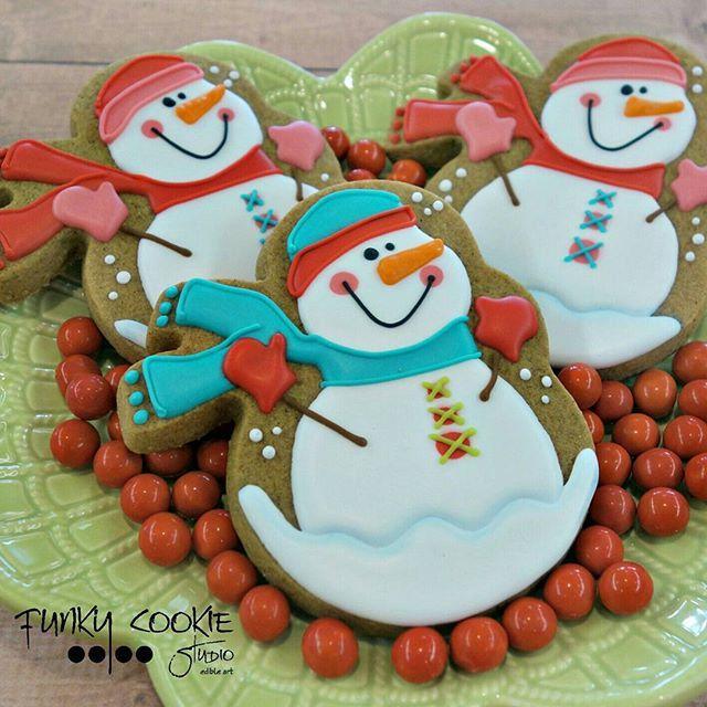 ... Cookies: Winter/Snowmen on Pinterest | Snowflakes, Penguins and Snow