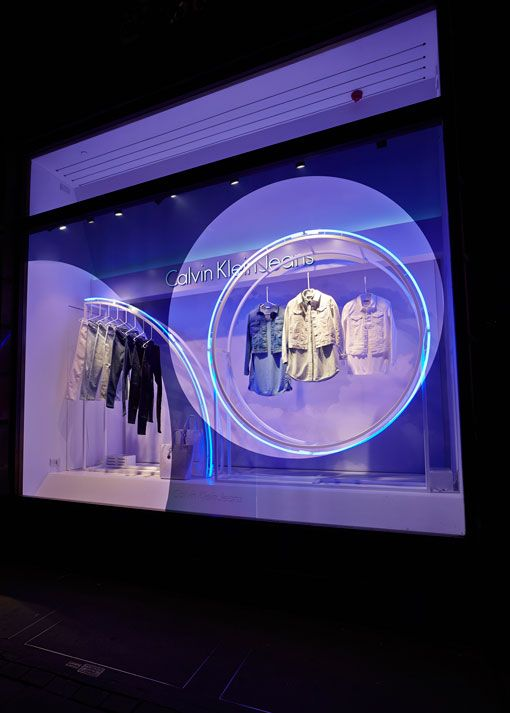 superfuture :: supernews :: london + milan: calvin klein window installations