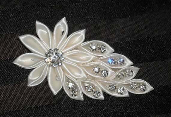 Bridal Fascinator Hair Accessories Hair by BittysJewelryAndMore, $42.00