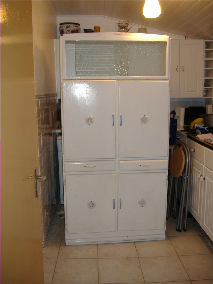 pic 1  this is my own one  it needs a clean up and a 8 best  u0027shefco u0027 1950 u0027s kitchen cabinet images on pinterest      rh   pinterest co uk