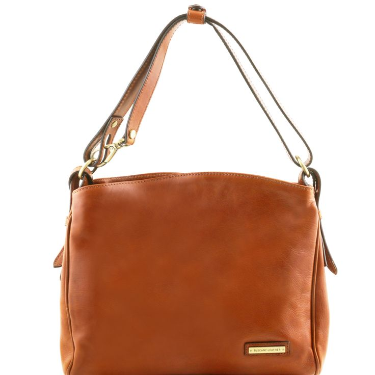 Leather shoulderbag (€175.50)