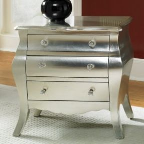 Silver nightstand - hello, metallic spraypaint!