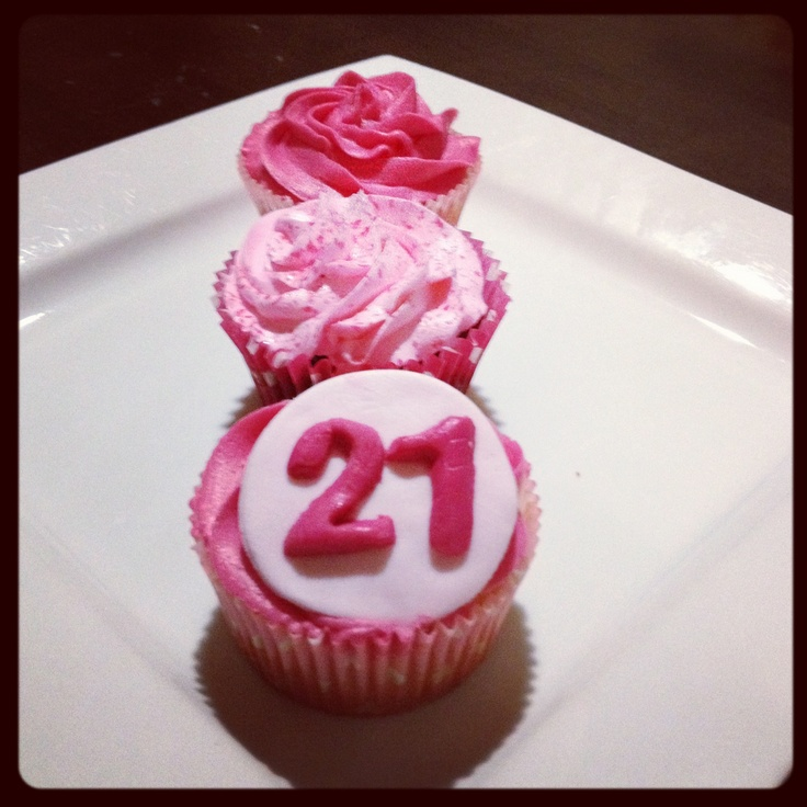 Pink 21st Cupcakes