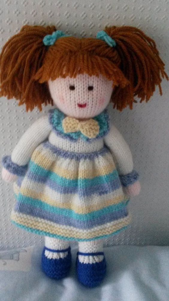 Cómo tejer muñeca en dos agujas paso a paso con moldes
