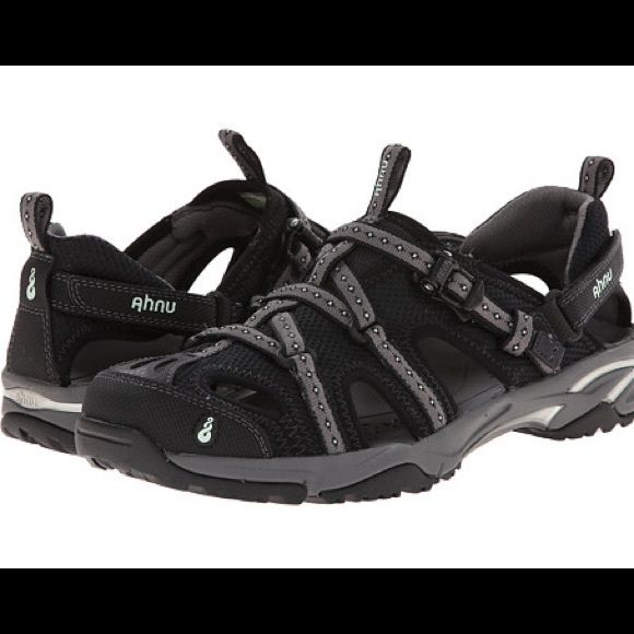 Ahnu Tilden V Women's Sport Sandals Ahnu Tilden V Women's sports sandal in black and grey. Used but still wearing condition. Great for any wood or water activity! Ahnu Shoes Athletic Shoes
