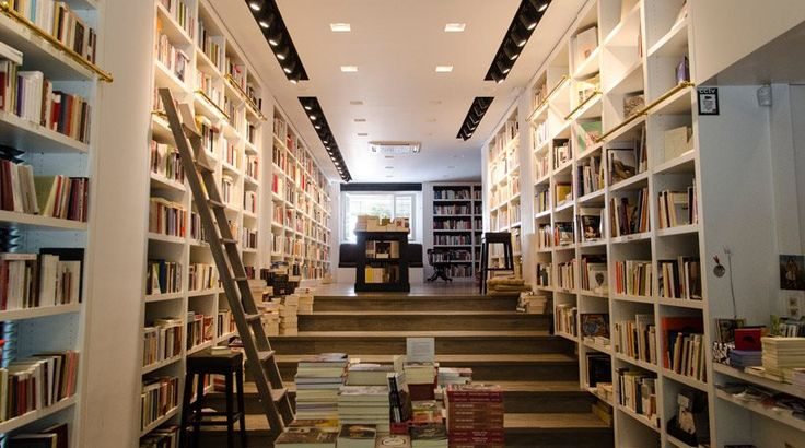 Αθήνα: Δέκα «στέκια» για... βιβλιοφάγους!
