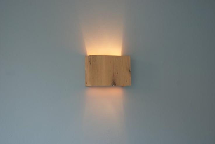 Eiken wandlamp