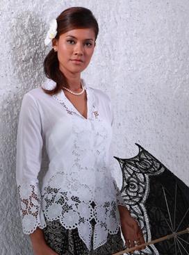 Uluwatu Handmade Balinese Lace - Sun Flower Kebaya