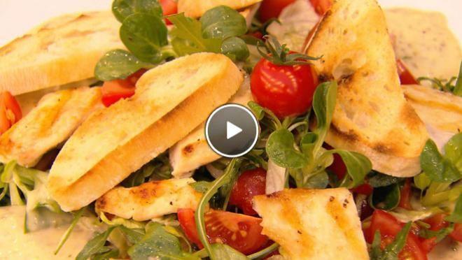 Tomaten-kipsalade met ansjovismayonaise - recept   24Kitchen