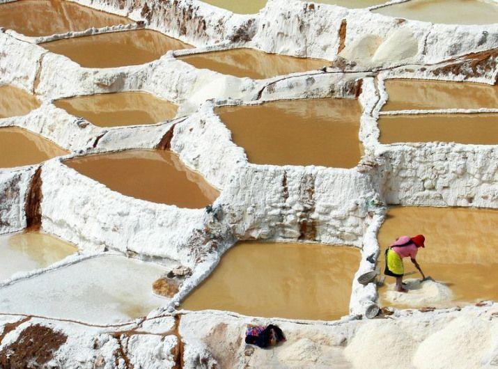Maras salt ponds @ 11,090 feet above sea level.