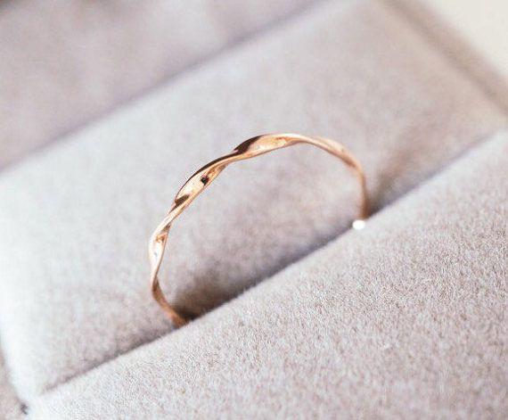 Rose gold Mobius ring solid 14k 18k gold twist band Möbius stacking ring, white gold, platinum wedding band stackable band ring, wedding ban