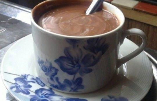 Chocolate quente bem cremoso