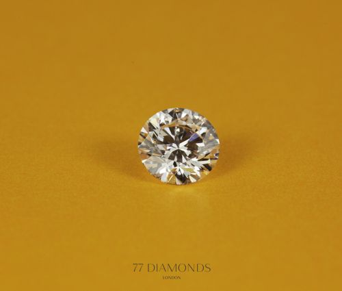 #Clean, #classic, #versatile and with more #fire and #brilliance than any other shape- the round #diamond