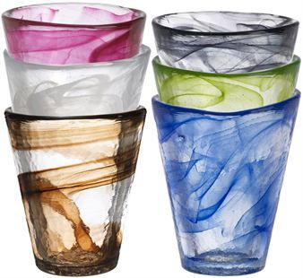 The very popular Mine tumbler glass by the Swedish artist Ulrika Hydman-Vallien has a special and individual expression due to the sweeping irregular floating colors.