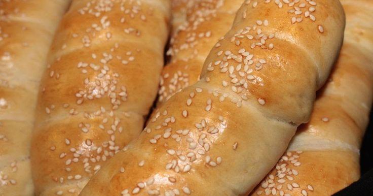 Der skulle laves noget til Tommis madpakke og valget faldt på pølsehorn. Lige siden jeg lavede de israelske pizzaer , har jeg tænkt på at...