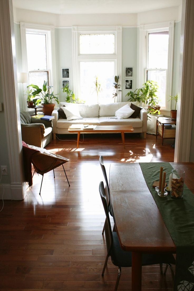 55 best bay window plants images on pinterest apartments - Living room with bay window ...