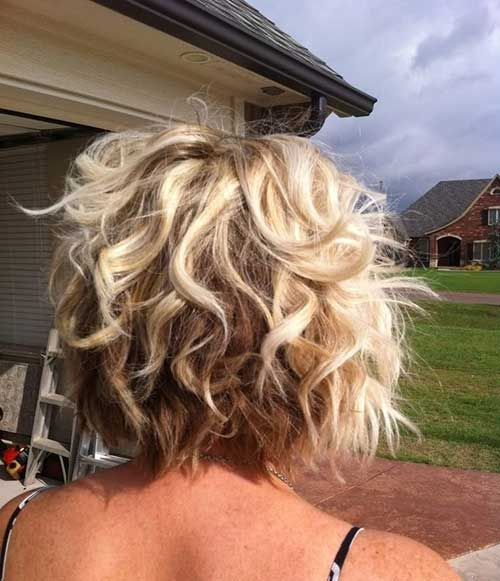 Groovy 1000 Ideas About Curly Inverted Bob On Pinterest Curly Hair Hairstyle Inspiration Daily Dogsangcom