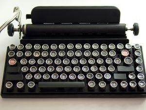 Un clavier sans fil déguisé en machine à écrire