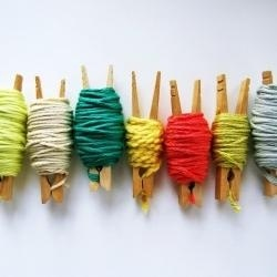 How to organize bits of yarn.