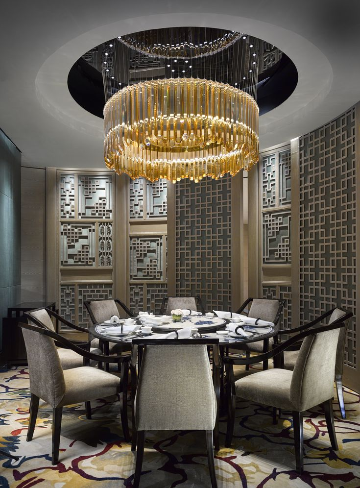 Curious? Access luxxu.net to find the best lighting inspirarions for your new restaurant project! Luxury and still modern lighting and furniture