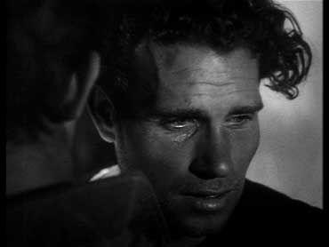 """"""" La terra trema """" film di Luchino Visconti ( 1948 ) con attori non professionisti tratto da """" I Malavoglia """" di G. Verga"""