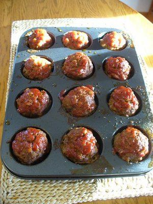 Audrey's Favorite Recipes: Muffin Pan Meatloaf