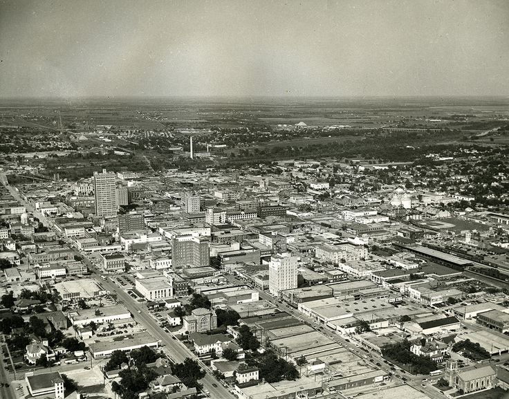 Aerial View of Downtown Waco, TX, late 1953 Aerial view