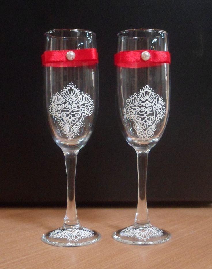 бокалы красно-белые с витражной росписью. на заказ