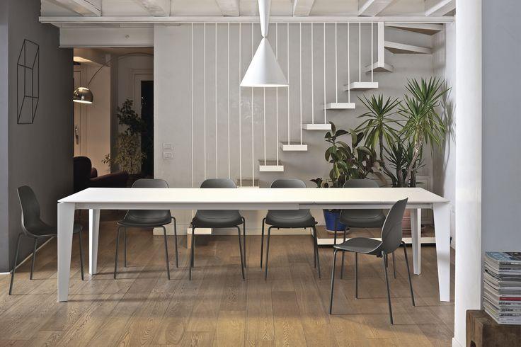 Bontempi   Mobili . Tavoli . Sedie . Complementi . Divani . Letti design . Letti d'autore