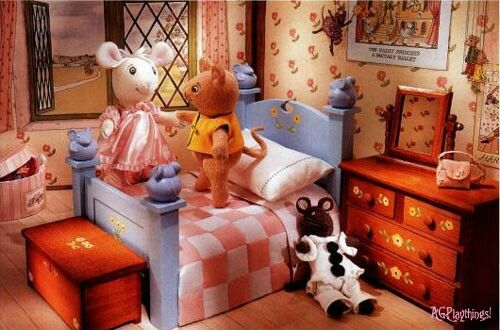 17 best images about angelina ballerina on pinterest coats ballet and mice for Angelina bedroom furniture set