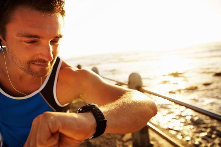Vers quel type de montres de running dois-je m'orienter ? Que ce soit pour un trail, pour le running ou pour d'autres sports, vous n'utiliserez pas la même montre. Univers Running vous aide à faire le bon choix ! #montredetrail #montrederunning #montregps #montremultisport #universrunning #running #sport #choisirsamontredesport