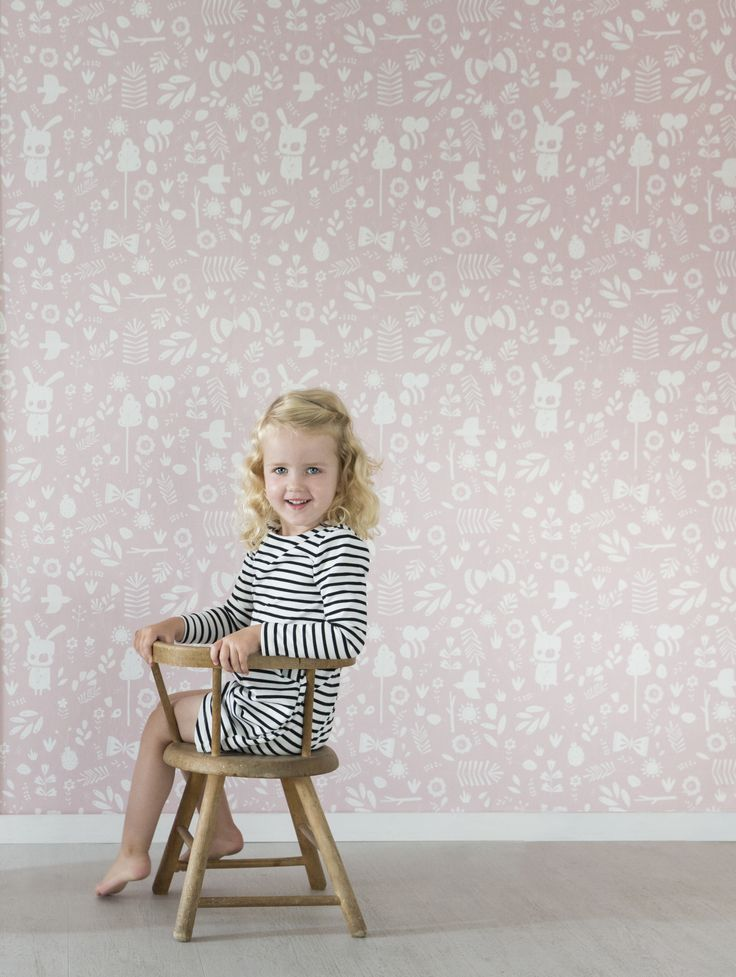 Little Dutch Wallpaper Adventure Pink- Cheer up a bland wall in your baby's nursery with our new range of wallpaper! It creates a beautifull starting point for decorating and styling your mini's room. #baby #nursery #wallpaper #pink #kidsroom #babyroom #nurseryinspiration
