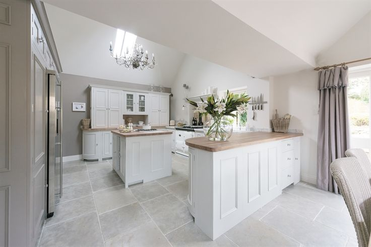 Cool calm kitchen   ~ lovingly pinned by www.skipperwoodhome.co.uk                                                                                                                                                     More