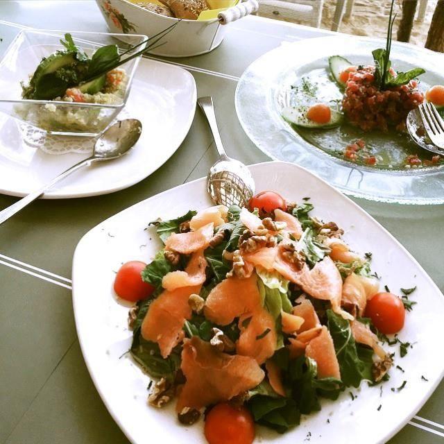 A different degustation #experience than the ordinary...  #foodporn #foodtime #food #lovers #relax #chill #time #crazy #summertime #summer2015 #love #beachlife #kaluabeach #paragabeach #Greece #island #mykonos #joinus #kaluamykonos