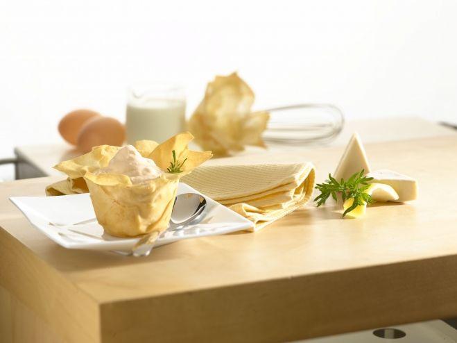 Recette Corolles croustillantes à la mousse de saumon et au fromage et encore plus de recettes sur www.ilgustoitaliano.fr