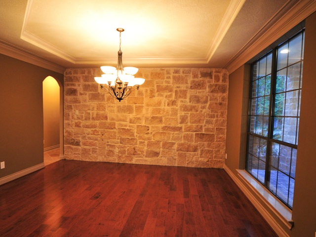 I Really Like This Stone Accent Wall In Dining Room
