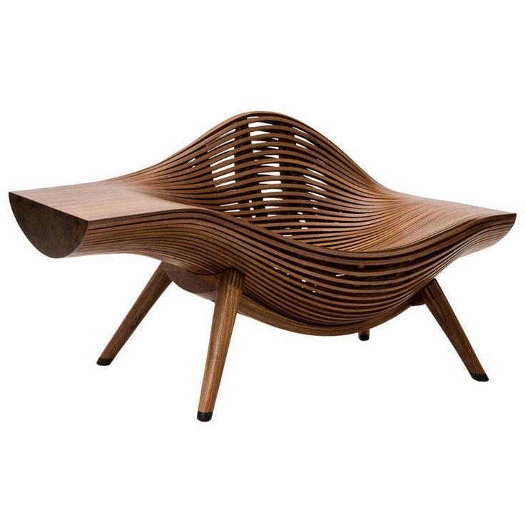 Designer Holzmobel Skulptur