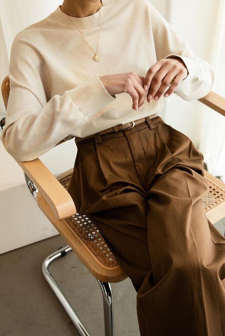 20+ schicke neutrale Outfits, die definitiv nicht langweilig sind – Clothes/Bags