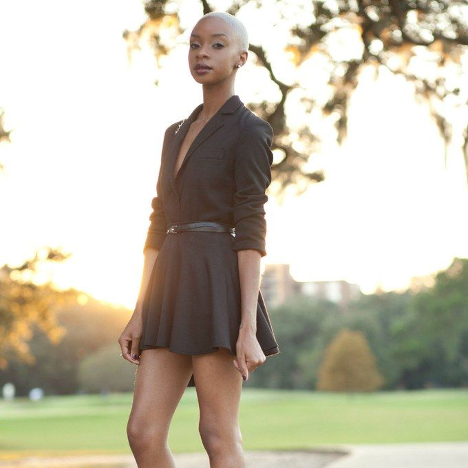 Fall date-night outfit idea: Look polished in head-to-toe black.