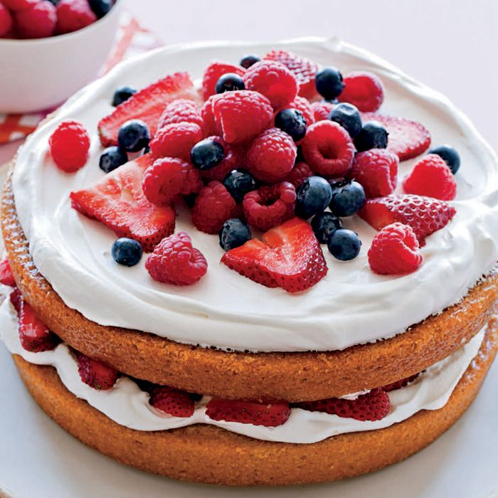 This divinely tasty whipped cream recipe uses coconut milk to make it surprisingly healthy! Indulge without the guilt when  you whip up this easy-to-make recipe to top your next cake or simply dip berries into.