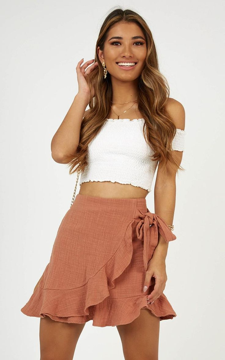 Everyone needs a mini skirt staple in their lives! Show off those legs all seaso…