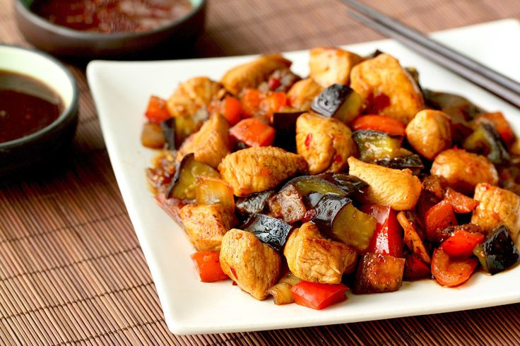 Hungry Girl's Healthy Chicken & Eggplant Teriyaki Stir-Fry Recipe...would probably replace eggplant with portebello mushrooms maybe??