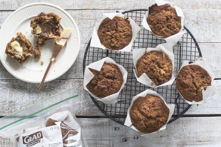 Wholemeal apple, raisin & cinnamon muffins