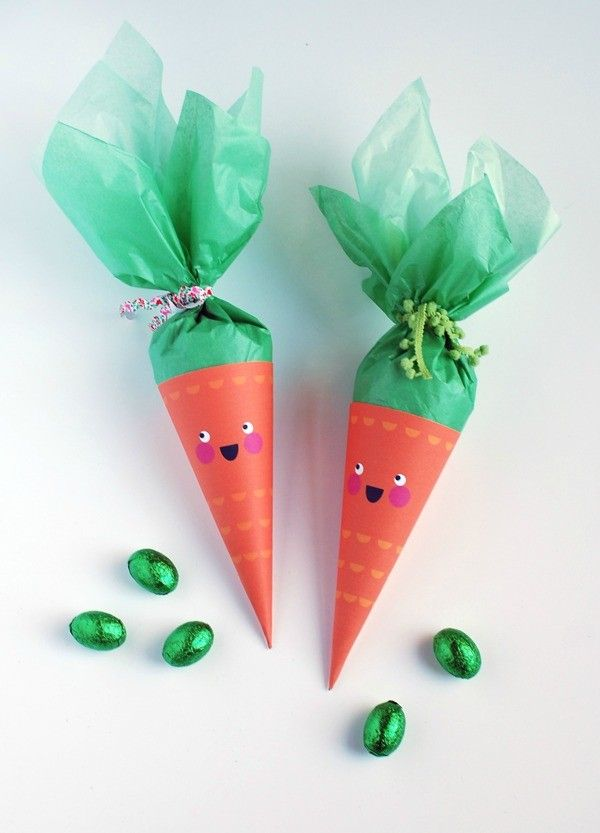 Free printable Easter bunny treat cones and tutorial by We Are Scout.