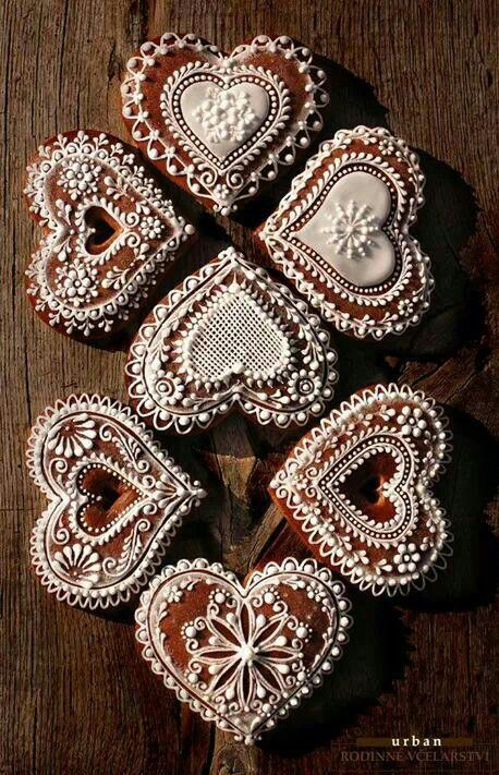 Croatian licitar hearts / traditional cookies