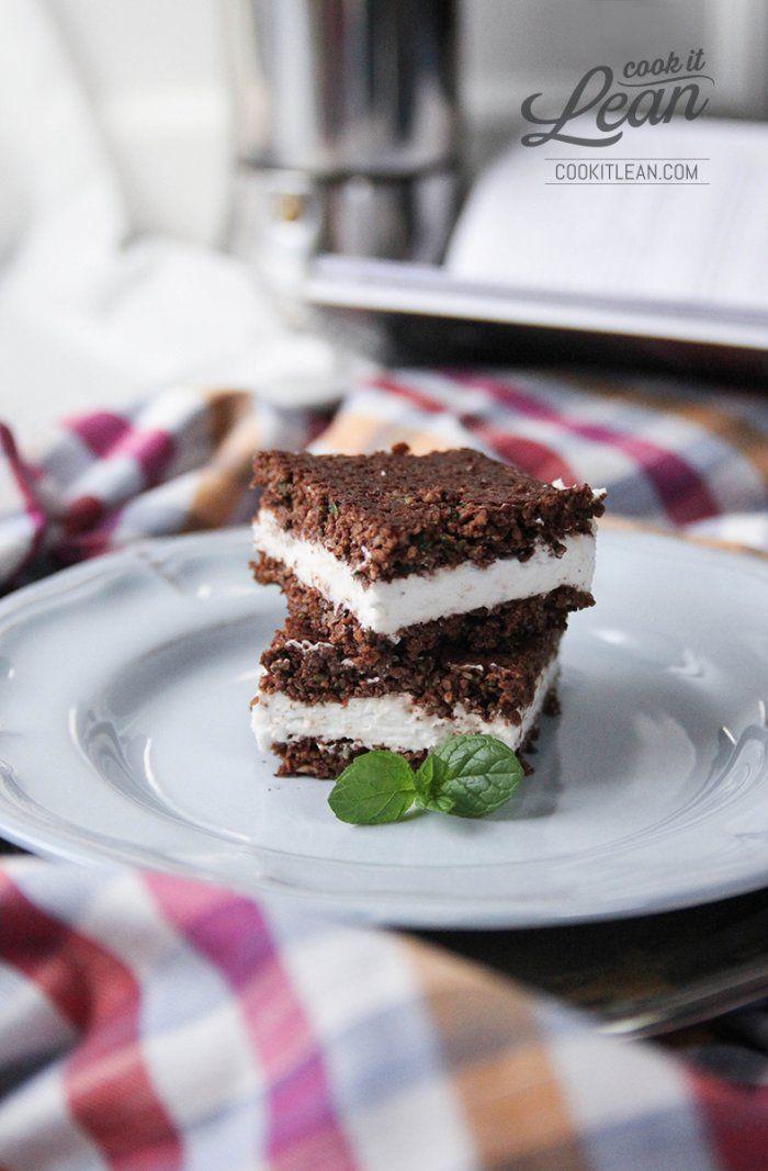 Cukiniowe brownie z kokosowym kremem (paleo, bez cukru) - Cook it Lean - sprawdzone paleo przepisy